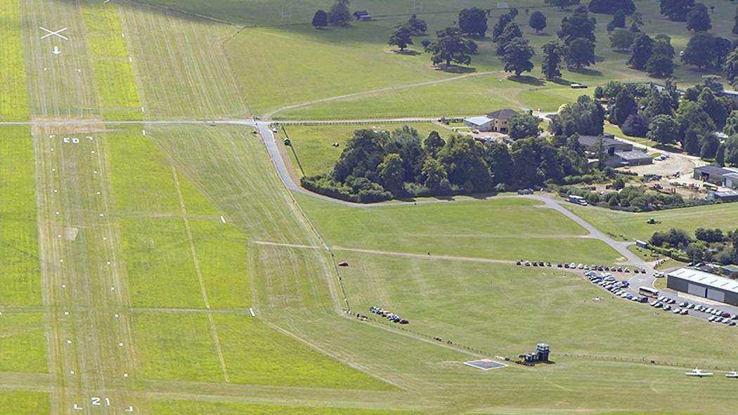 Shuttleworth-airfield-landing1050pxw