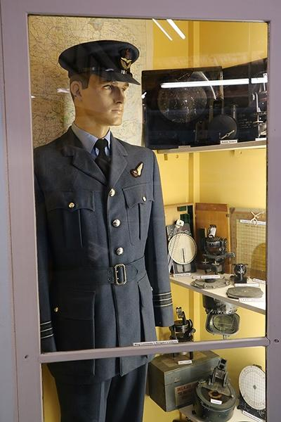 Fenland-A-Mwing-commander-navigator-uniform400pxw