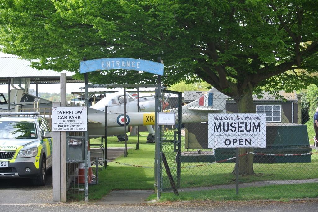 WarwickshireWellesbourne-Aviation-museum-frontage